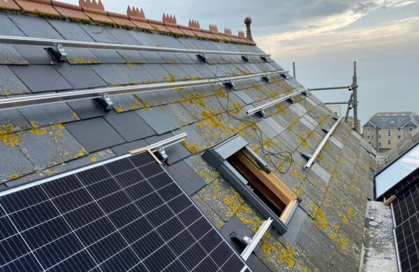Solar install on a roof in ventnor isle of wight