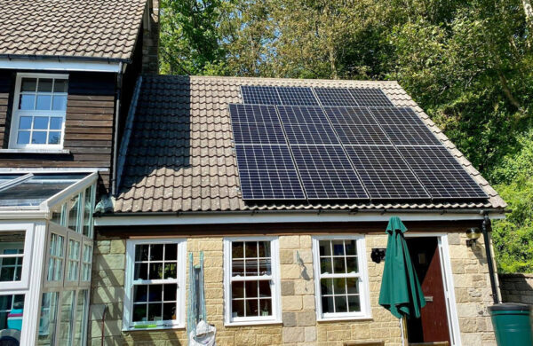 Full roof solar panel system shorewell isle of wight