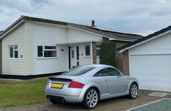 House with Solar pv fitted by island renewables