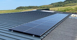 Solar panels fitted by island renewables isle of wight